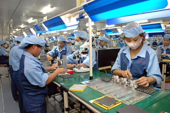 Đơn hàng Nữ Điện tử XKLĐ Đài Loan tại nhà máy Uy Liên Thông, Đài Bắc